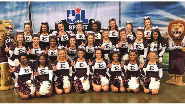 Ennis varsity cheer team earns best marks ever